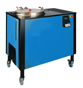 Solvent recycling system