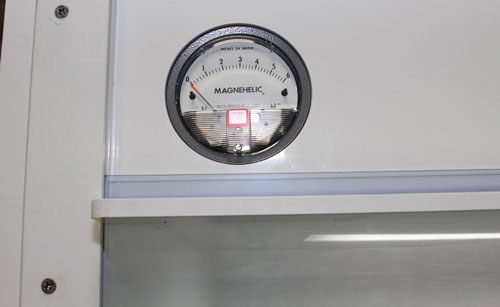 Semiconductor-Wafer-Chemical-Processing-Wet-Bench-&-Fume-Hood---Magnahelic-Gauge