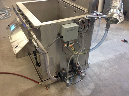 Automated Ultrasonic Parts Washer Mold Cleaning System - Side View