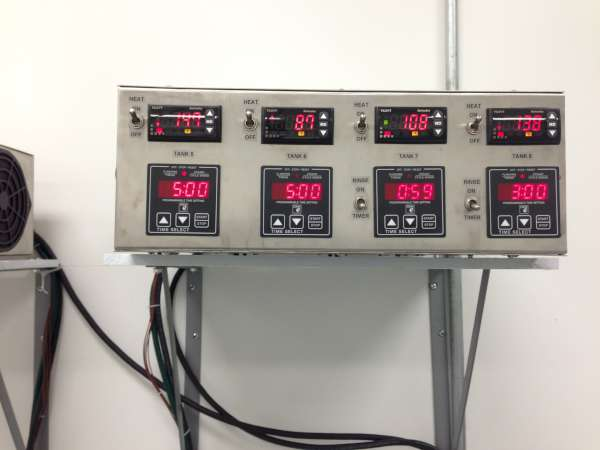 Ultrasonic wash rinse passivate console controls